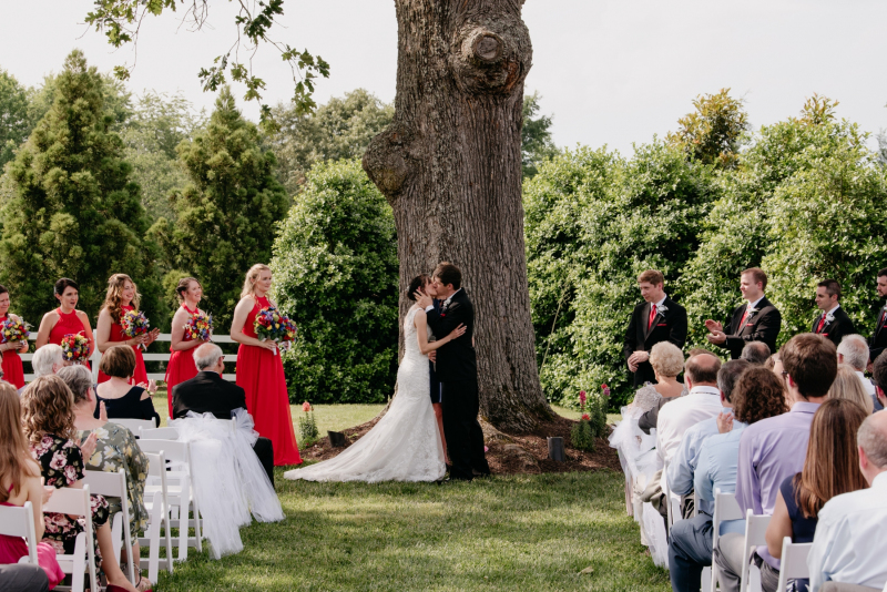 amber grove summer wedding