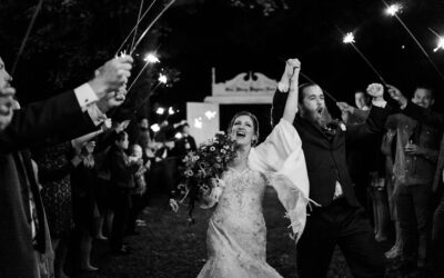 What To Look For In A Wedding Photographer